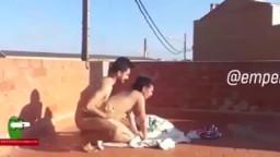 فلم سكسي عراقي بينيك جارته على السطح