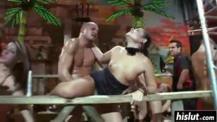 جنس برازيلي جماعى حفلة مضاجعة جماعية