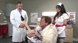 xxlx المريض ينيك الممرضة