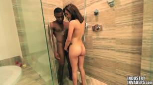 الجنس في الحمام مثير