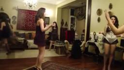 سكس بنات مصر شراميط فى بيت دعارة